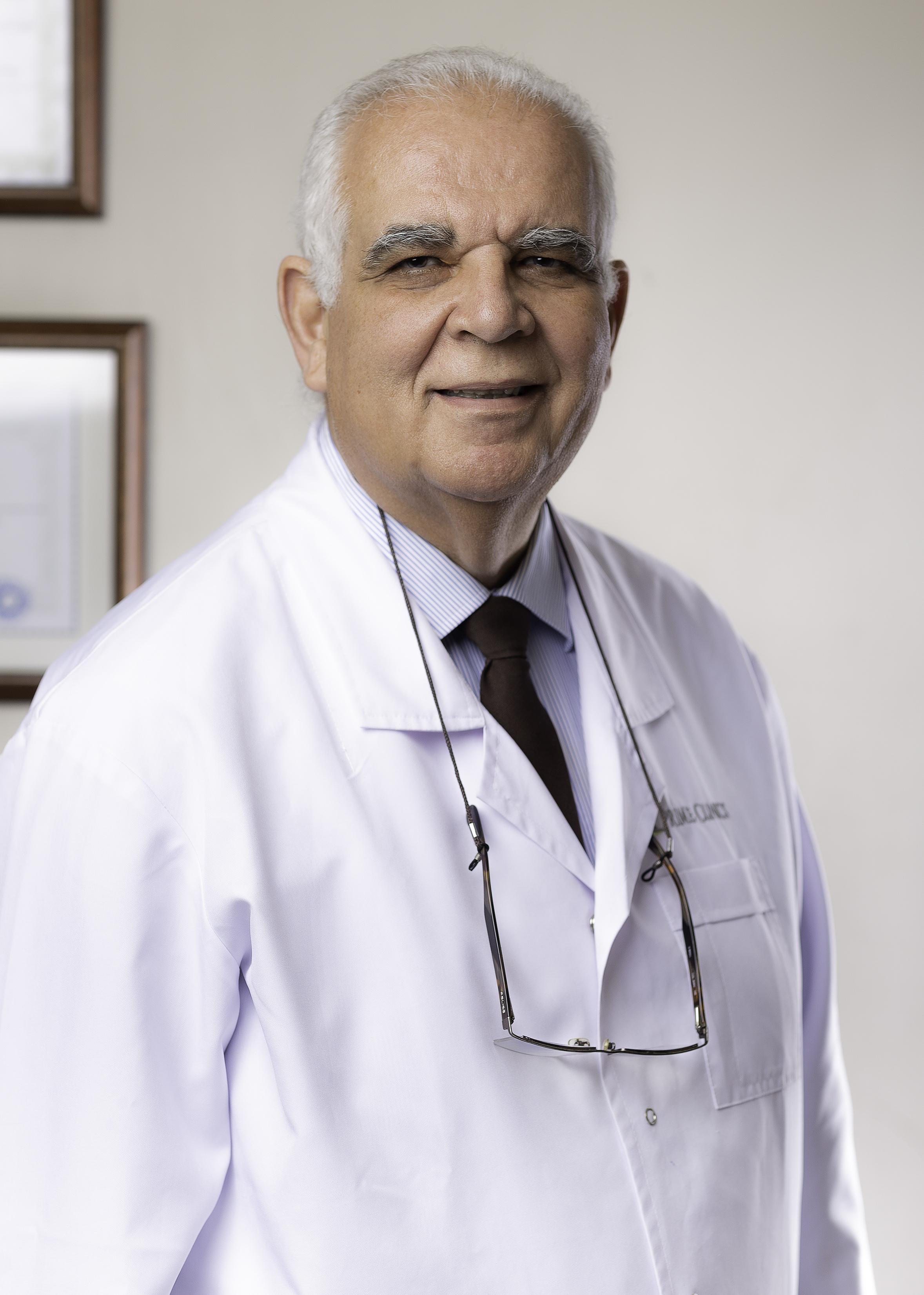 Dr_Mohamed_El-Guindi-14